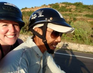 Jill and Qua, On the Way to White Sand Dune!